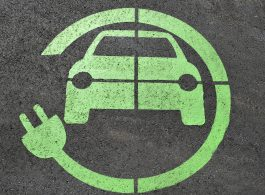 Auto elettriche e finanza sostenibile